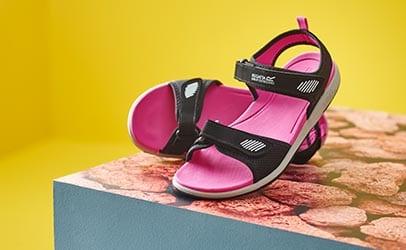35291e8d5 Sandals